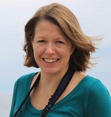 Dr Kelly Moyes