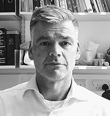 Dr Mark van der Giezen